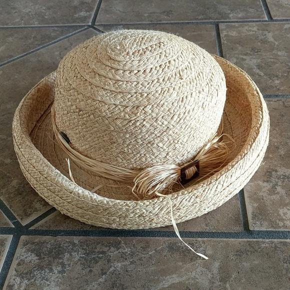 Liz Claiborne Accessories - Liz Claiborne Straw Hat 406bcd6c4b4c